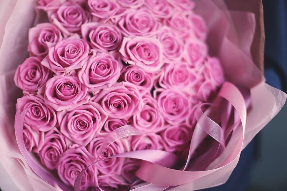 Лидочке, розы розовые картинки охапка
